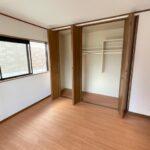2階居室部分。広々としたクローゼットがあります!